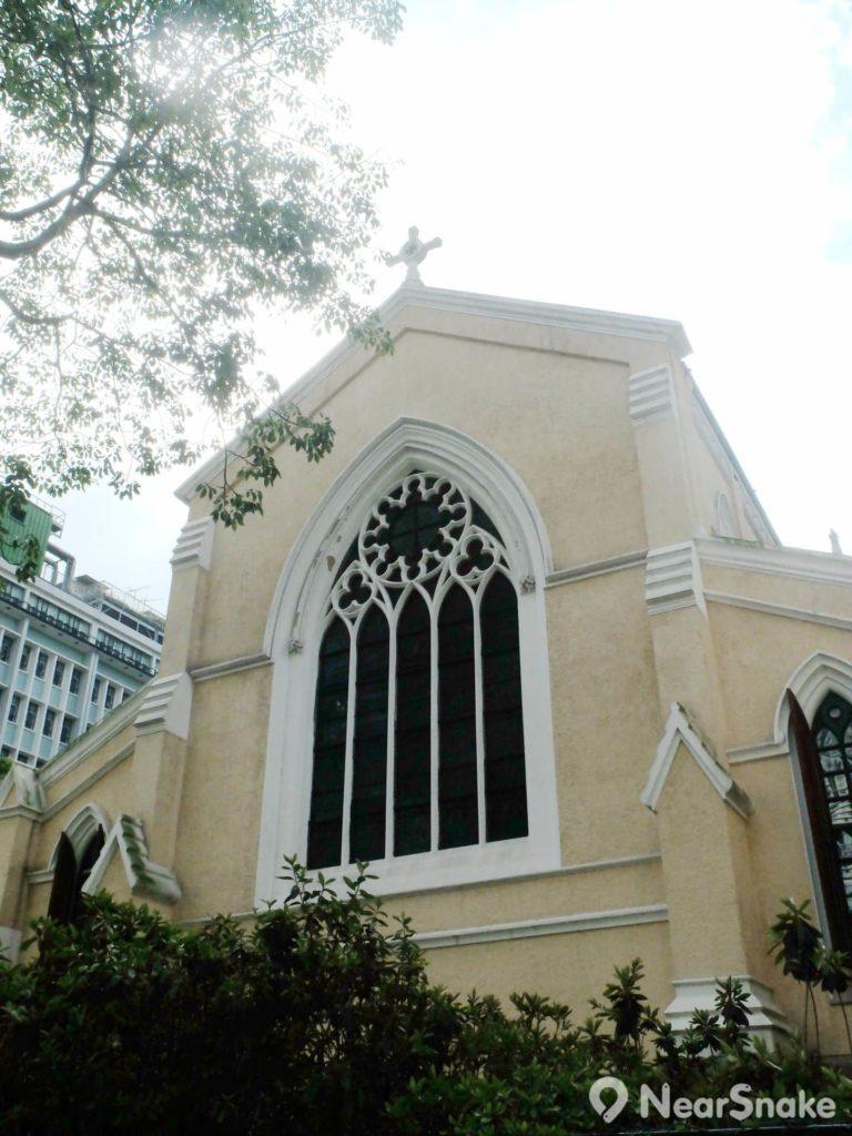 聖約翰座堂的窗花設計是考慮到香港的亞熱帶氣候建造。