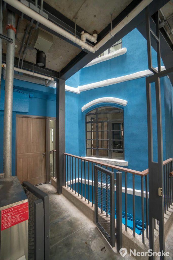 現時藍屋結構上仍保留著原有特色,但實際上卻是很多地方已重新修葺,不復舊貌矣!