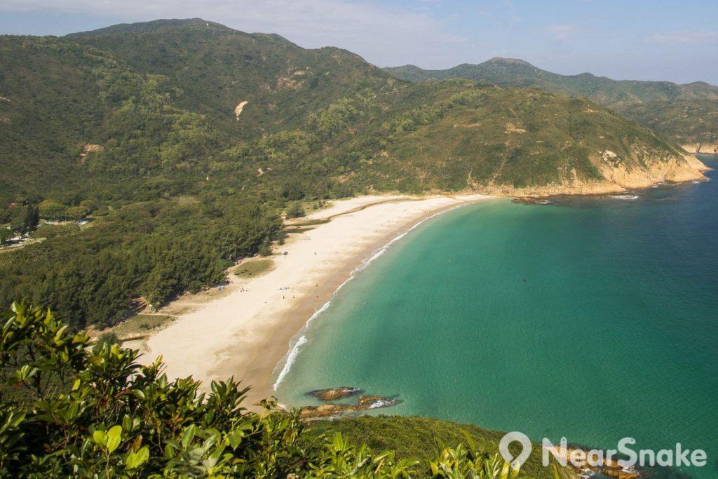 西灣一直以水清沙幼稱著,更有香港版馬爾代夫的美譽。