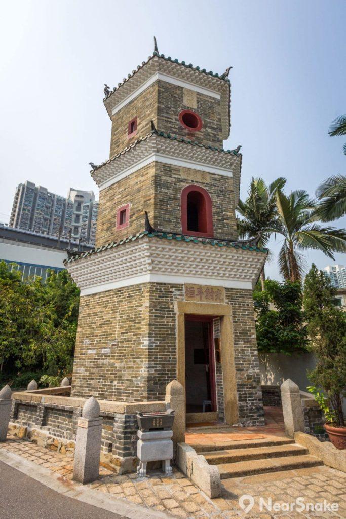 聚星樓樓高三層,採用六角形設計,用以擋北煞、鎮水災等。