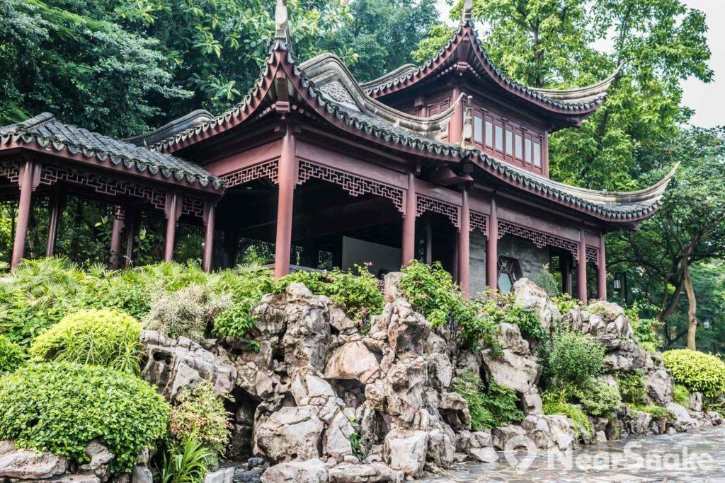 九龍寨城以明末清初江南園林形式設計。