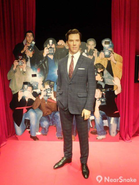 班尼狄·甘巴貝治(班尼迪克·康柏拜區,Benedict Timothy Carlton Cumberbatch)憑著出演英國電視劇《新世紀福爾摩斯》(Sherlock)和好萊塢電影《奇異博士》(Doctor Strange),在歐美影視圈人氣急升。