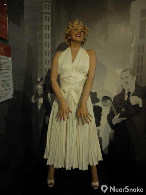 瑪麗蓮·夢露(Marilyn Monroe)以電影《七年之癢》(The Seven Year Itch)中的造型進駐杜莎夫人蠟像館,可惜不是擺著裙擺飄揚的經典姿勢。