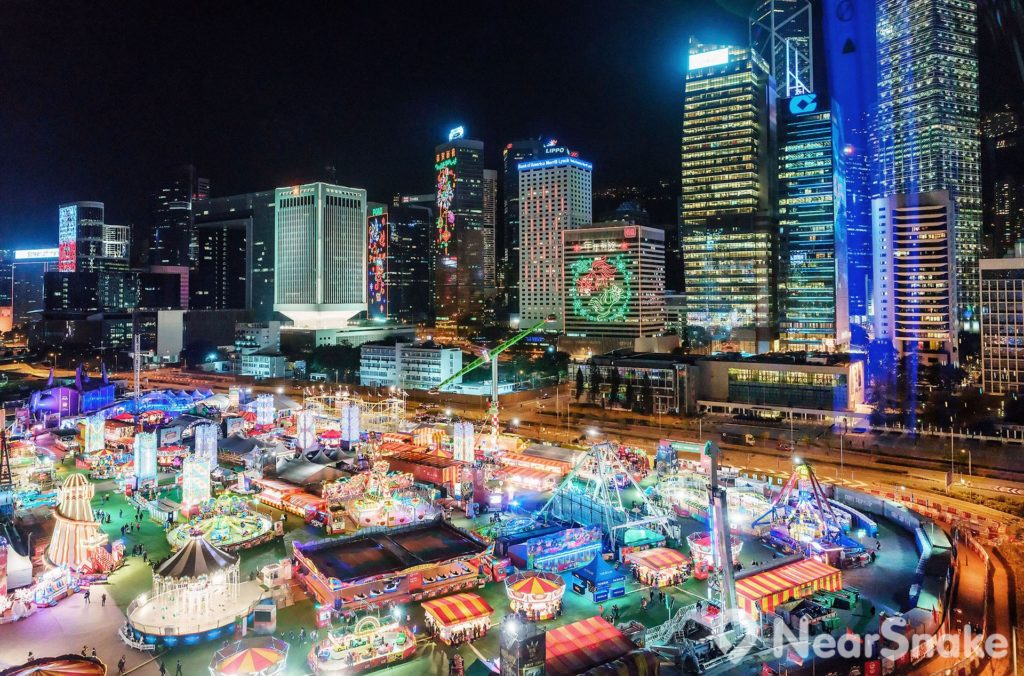 AIA 歐陸嘉年華將會再次來到中環海濱活動空間與香港巿民共渡聖誕、除夕、元旦及農曆新年。