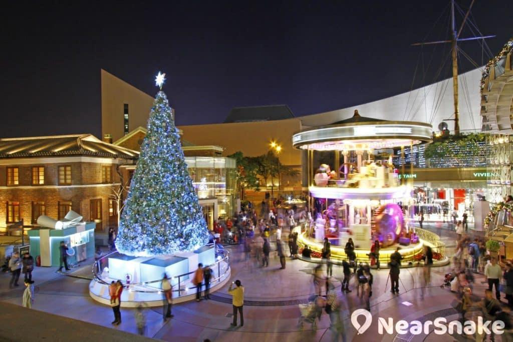 1881 近年會擺放大型聖誕裝飾,吸引不少人流。