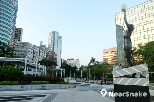 星光花園-尖沙咀東海濱平台花園 外貎一覽