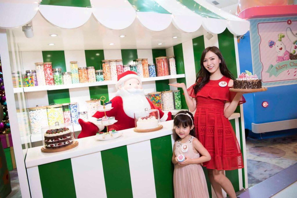 即日起逢周日各位朋友可以與雪人及聖誕老人會面及觀賞巡演。
