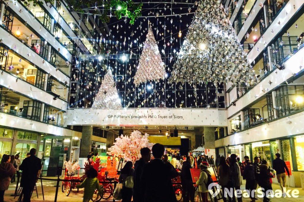 PMQ 來到聖誕會彌漫著仿如外國小鎮般的節日氣氛。