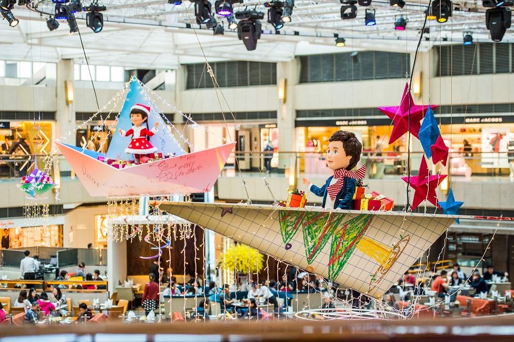 「Origami Sky」:世界充滿無限可能,一張紙可能很普通,用紙摺出來的紙飛機則盛載小朋友的夢想。