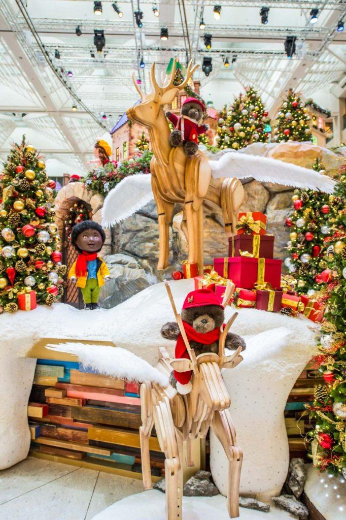 「Wishes in the Clouds」:馴鹿在天空馳騁,將聖誕願望帶給世界各地的孩子!