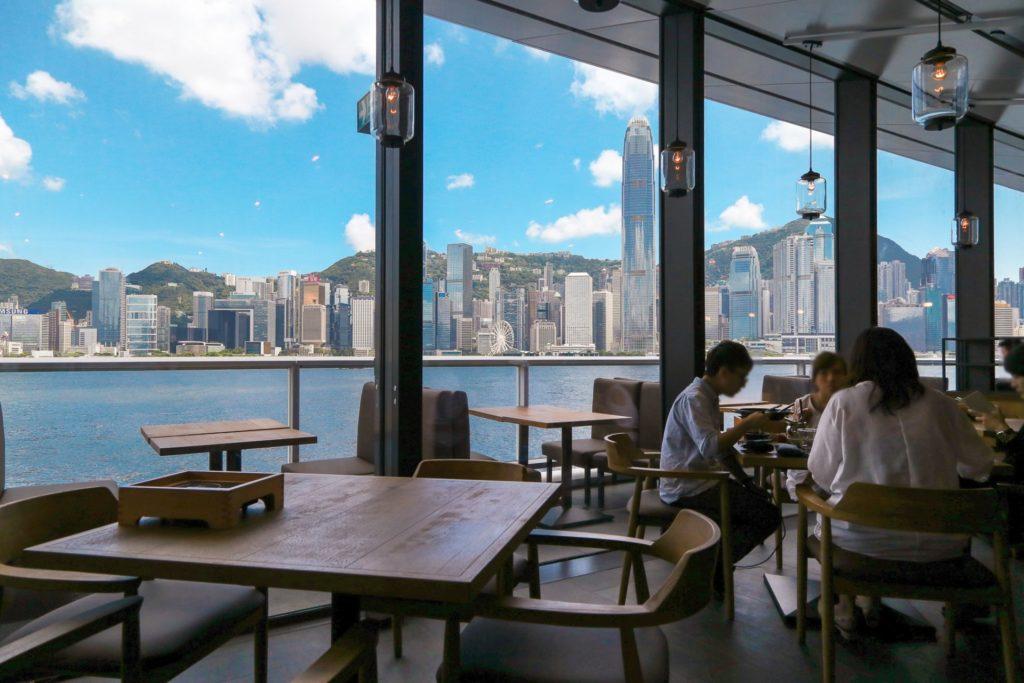 海運大廈新大樓內的餐廳均可享有維港「無敵海景」。