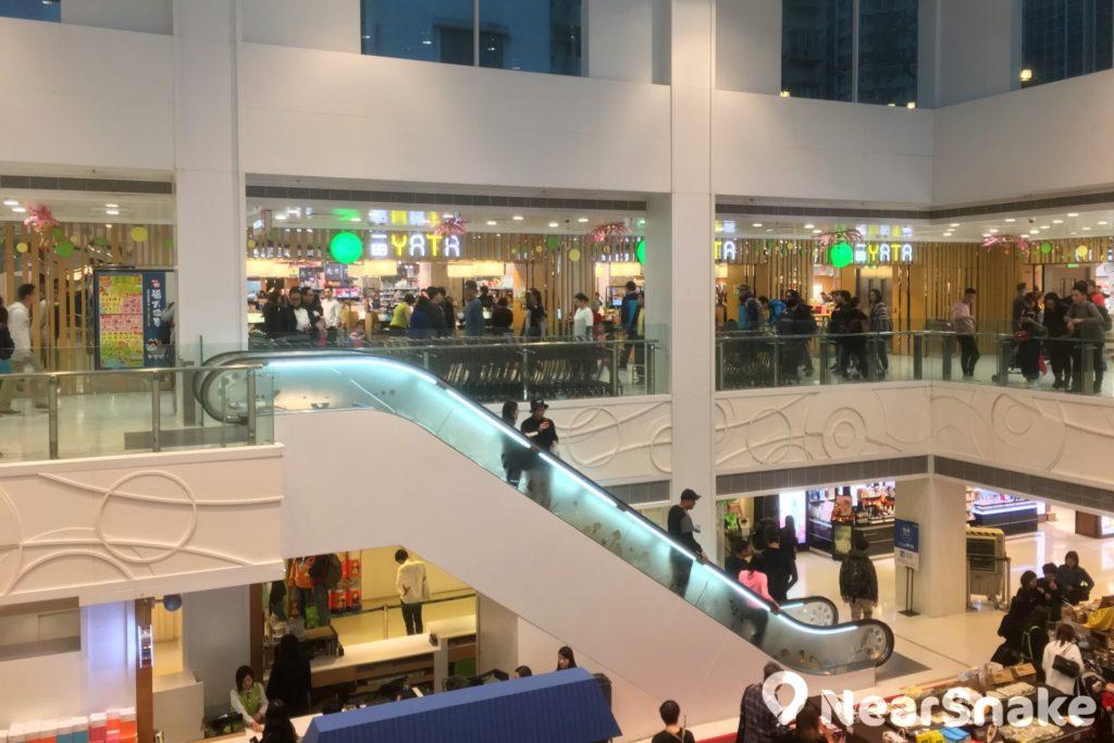 坐落於大埔超級城 B 區的一田百貨,乃商場的龍頭商店。