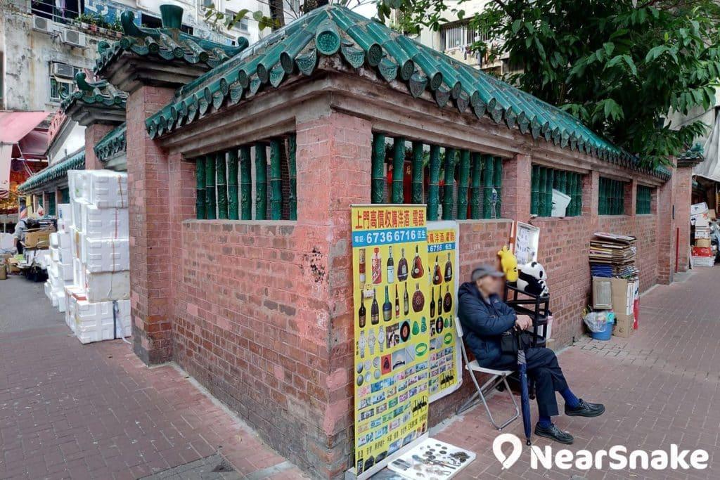 土瓜灣天后廟位處於住宅區的街市旁,如非細心尋找,可能過門而不知。