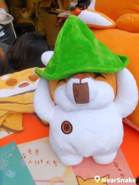 維園年宵特色產品:戴著綠帽的「單身綠狗」