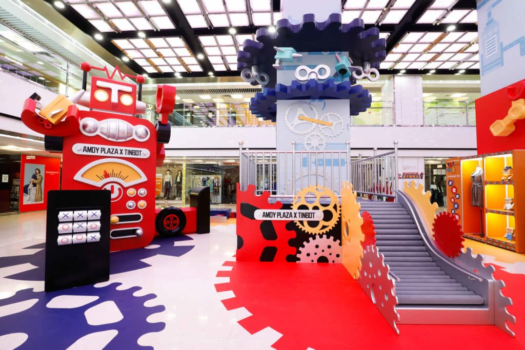 淘大商場聯同香港原創玩具品牌 TinBot 鐵寶奇盒打造復活節商場活動。