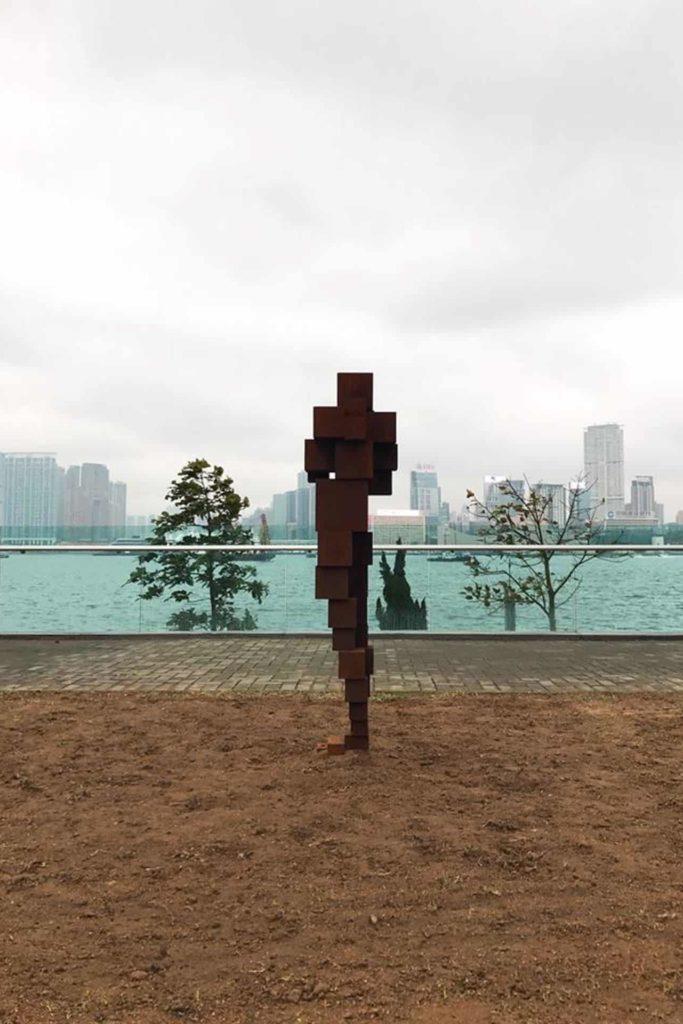 英國雕塑家 Antony Gormley 的《DAZE VI》