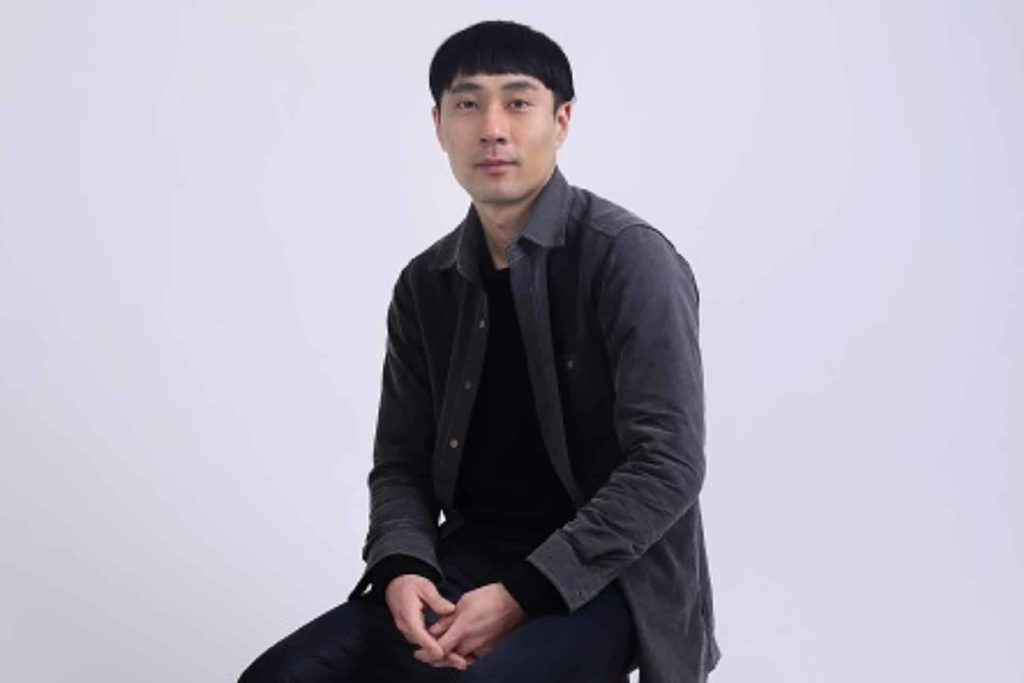 參與海港城「拉闊藝術」展覽的韓國藝術家 ENJO