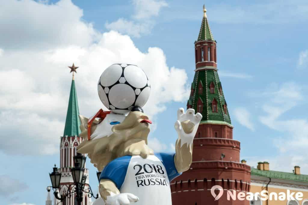 俄羅斯舉行當地時間比香港慢上 5 小時,故俄羅斯世界杯大多在香港時間晚上 8 時、10 時、11 時或凌晨 2 時舉行。
