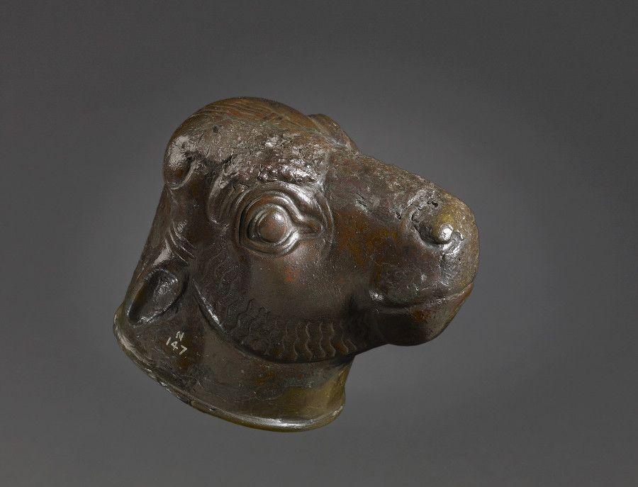 「奢華世代:從亞述到亞歷山大」銅合金展品:傢具配件 - 伊拉克 尼姆魯德 西北宮殿/公元前900至前800年(大英博物館 N.147)