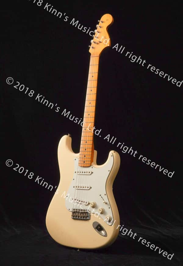 Beyond 傳奇 35 周年展覽展品:Beyond 靈魂人物黃家駒專用結他 Fender Stratocaster。