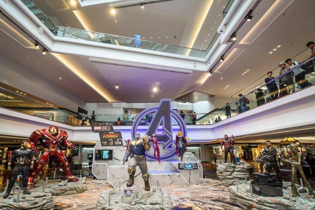 又一城中庭打造成全港首個《復仇者聯盟3:無限之戰》1:1 原大雕像展覧區。