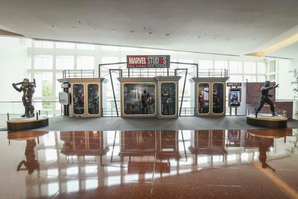 同場展出 6 套復仇者聯盟主角的經典戲服及道具。