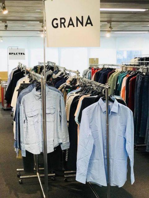 除女裝服飾外,Bluebell Group 2018 Warehouse Sale 也有男裝衣物出發。