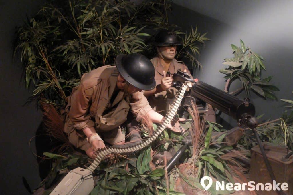 海防博物館內擺放不少軍官雕像,造型栩栩如生,大家可不要被嚇倒喔!