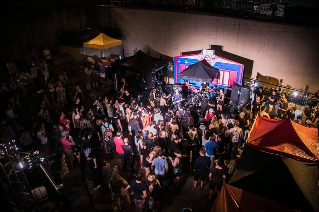 蘭桂坊音樂啤酒節 2018 將於和安里露天劇場由下午到晚上,提供各類型現場音樂表演。