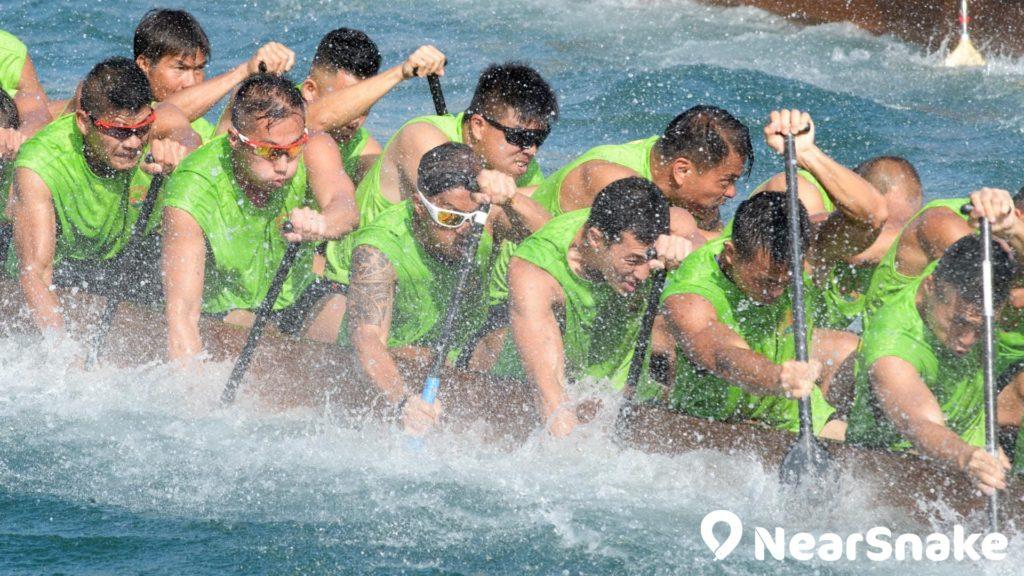香港國際龍舟邀請賽的水上激戰畫面相當熱血。