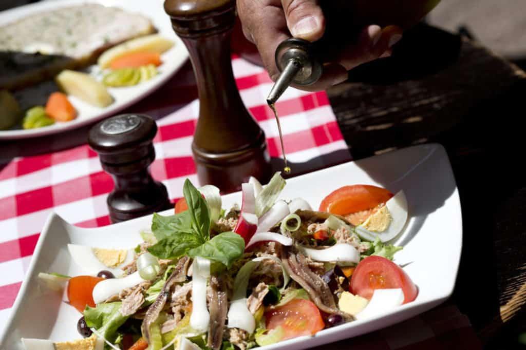 法國五月美食薈帶來世界聞名的普羅旺斯美食和玫瑰葡萄酒。