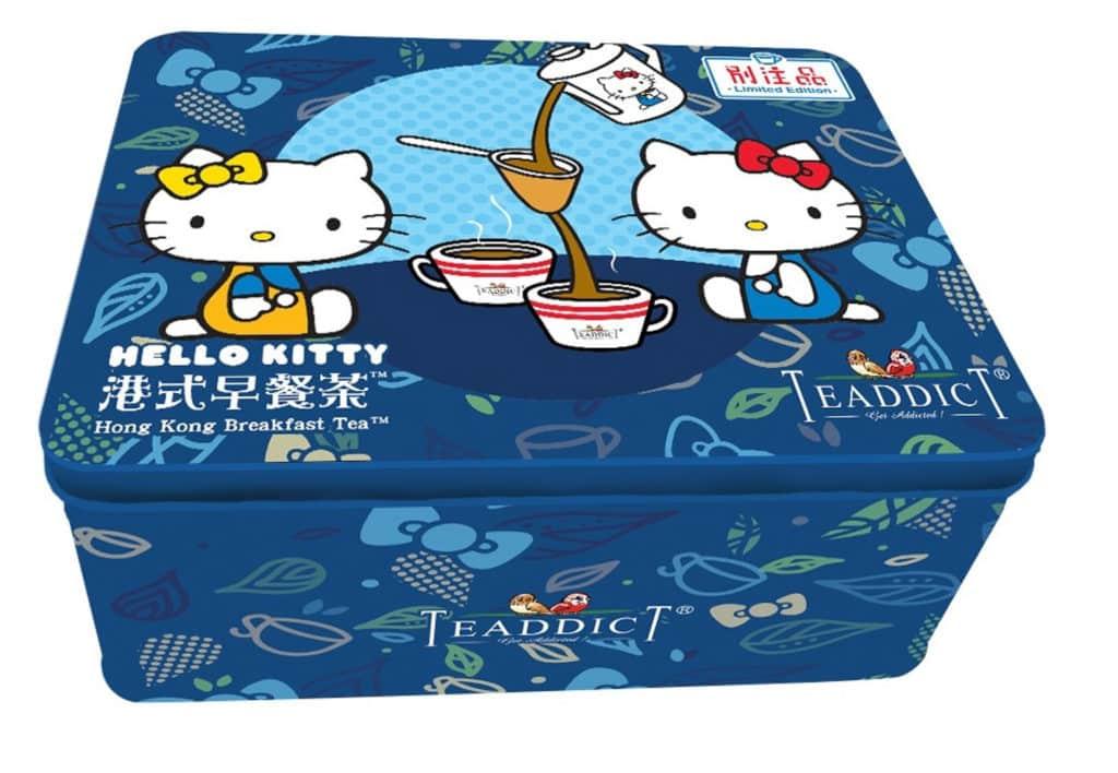 「港式風味」TEADDICT 自家創作的港式早餐茶(奶茶)以 Hello Kitty 作包裝。