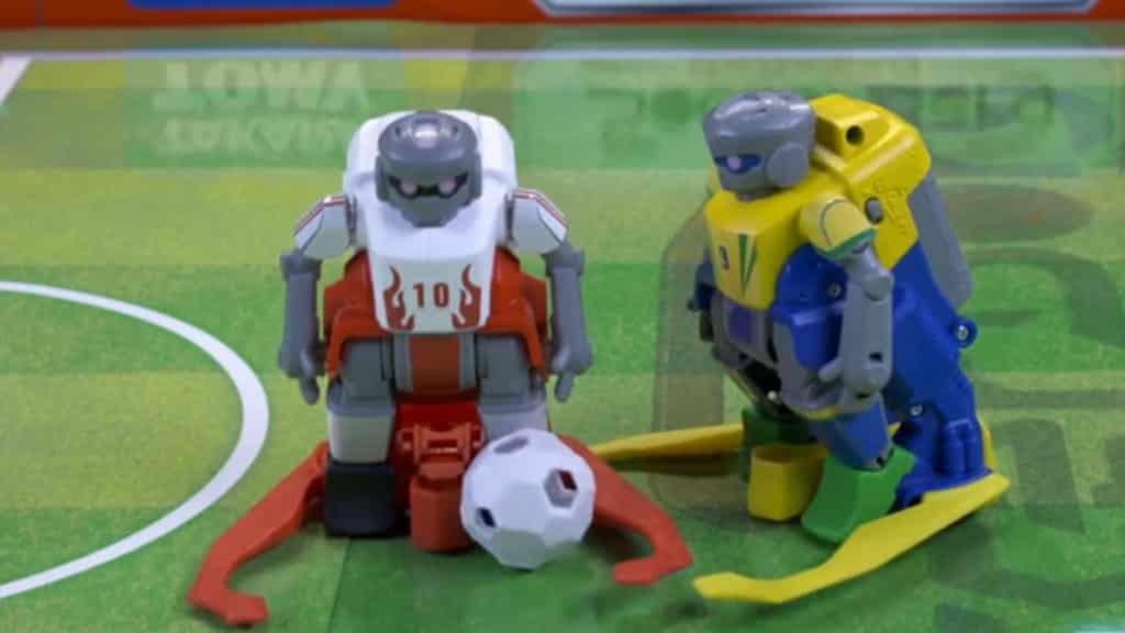 足球機械人將科創知識與球壇盛事合而為一。