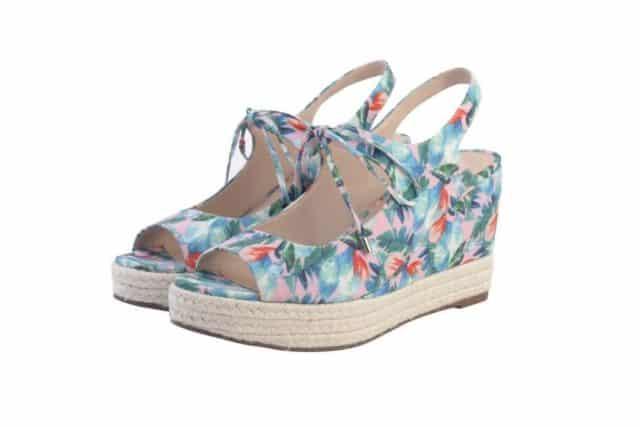 i.t Bazaar Sale 精選貨品:KATIE JUDITH 涼鞋特價 $159 港元 (原價$1299)