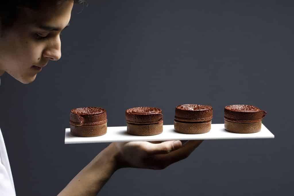 Salon du Chocolat 朱古力糕點示範環節將請來世界級大師及香港名廚現場展示手藝。