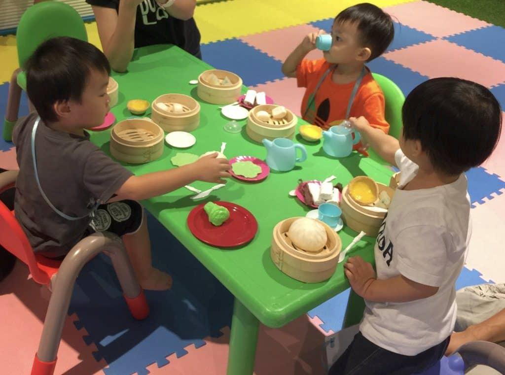 除遊玩享樂外,父親們也可考慮讓孩子參與 D‧PARK 的多元智能課程。