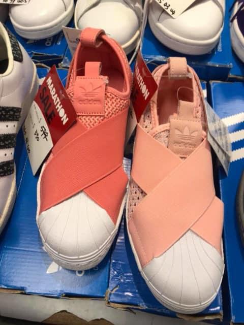 馬拉松開倉推介貨品:Adidas 波鞋$330 港元