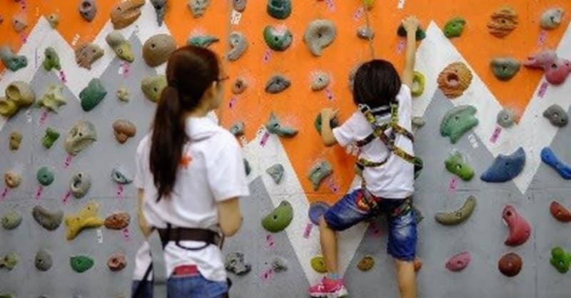香港運動消閒博覽 2018 展館內將設置一幅 6 米高的攀石牆,讓大家免費攀登試玩。