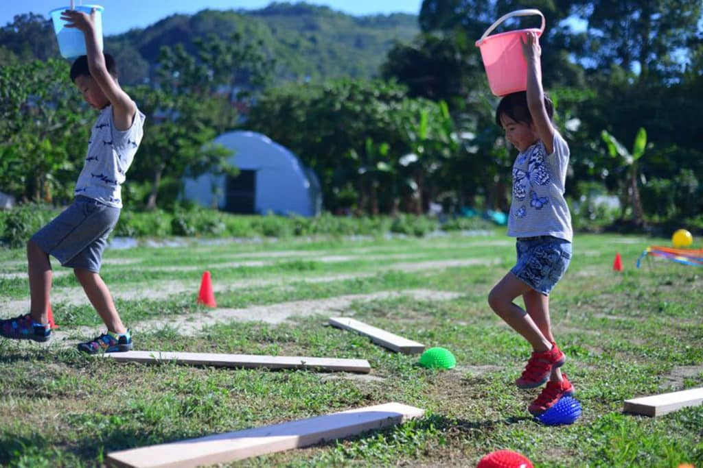 小朋友可從中訓練膽量、應變力和靈敏度。