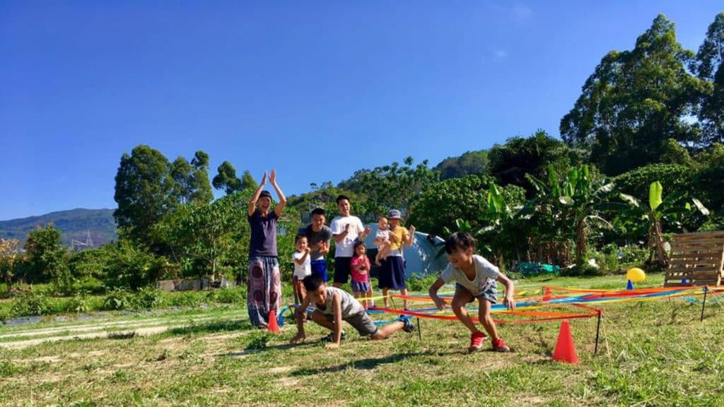 參加「夏日親子障礙賽」孩子可在大自然下盡情放電。