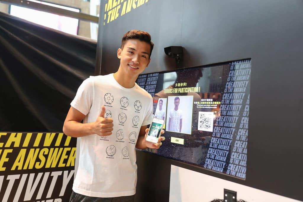 朗豪坊 × adidas Football「Create Your Pitch」入場人士可在 photo booth 拍照留念,並製作球員證及球員出場短片。