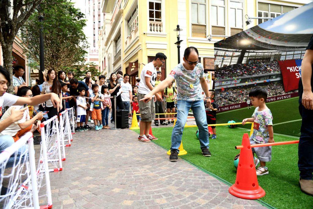 利東街在父親節舉辦「我的足球父親—親子足球日」。