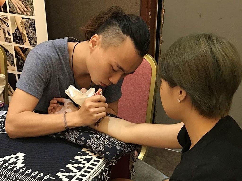 香港手作及設計展的進場人士可即場參與不同類型工作坊。