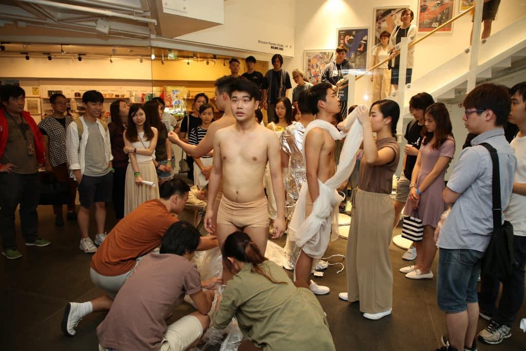 跨界大龍鳳藝術節有一系列藝術表演。