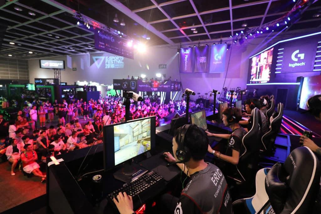 香港電競音樂節 2018 電競音樂節 2018 共有超過 110 名本地及國際電競好手參與。