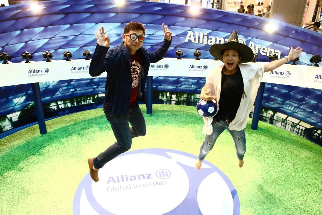 又一城360°足球傳奇:參加者只需對著鏡頭跳起,便可營造出類似《Matrix》千鈞一發的定格效果。