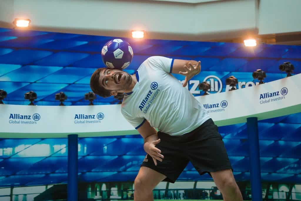 360°足球傳奇請來前花式足球世界冠軍 Pedro de Oliveira 到場演出。
