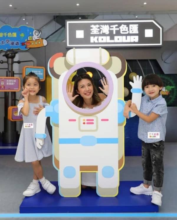 荃灣千色匯還有太空人佈置,可讓小朋友一嚐做太空人的滋味。