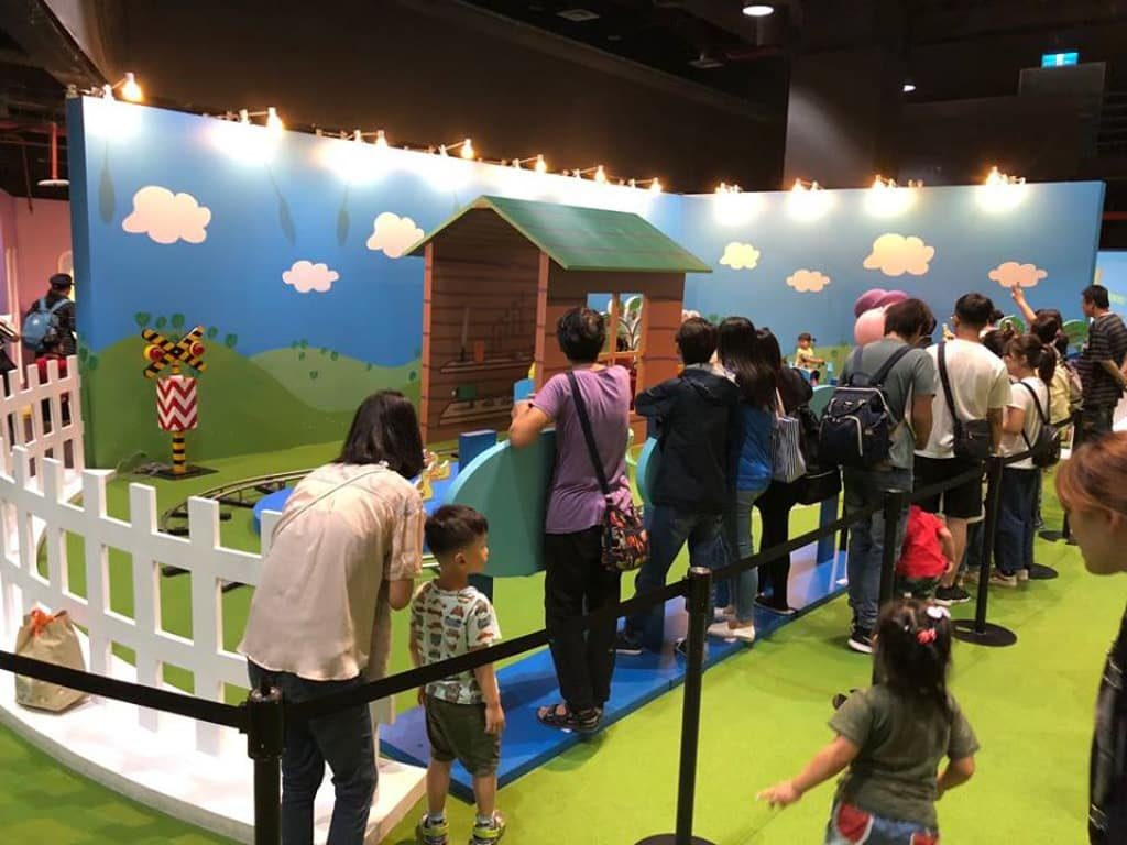 「Peppa Pig 動感假期室內互動遊樂場」設有 11 個動感區。