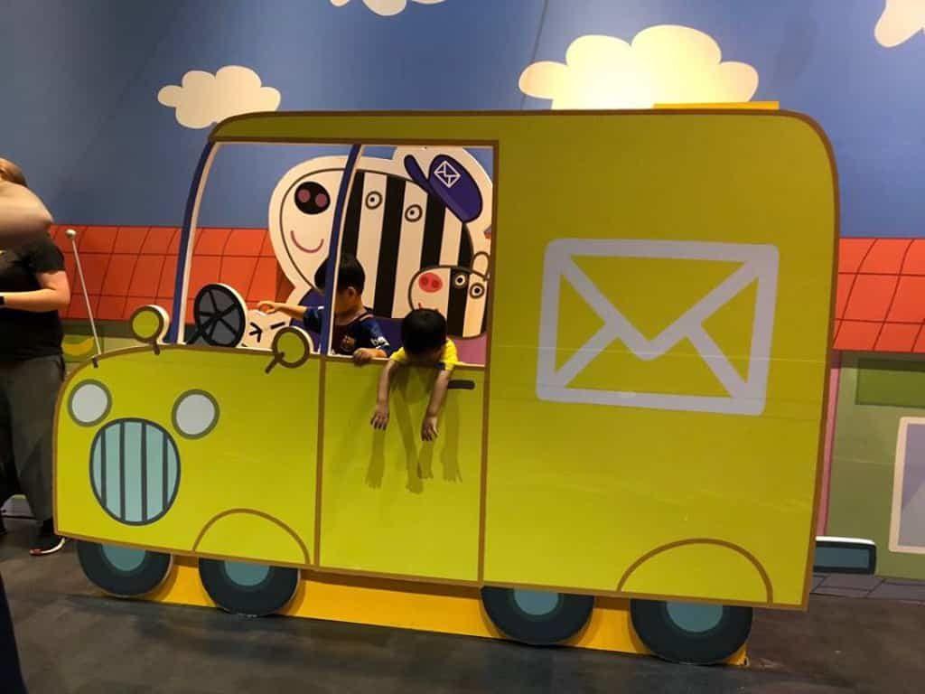「Peppa Pig 動感假期室內互動遊樂場」四處都是Peppa Pig的可愛佈置。